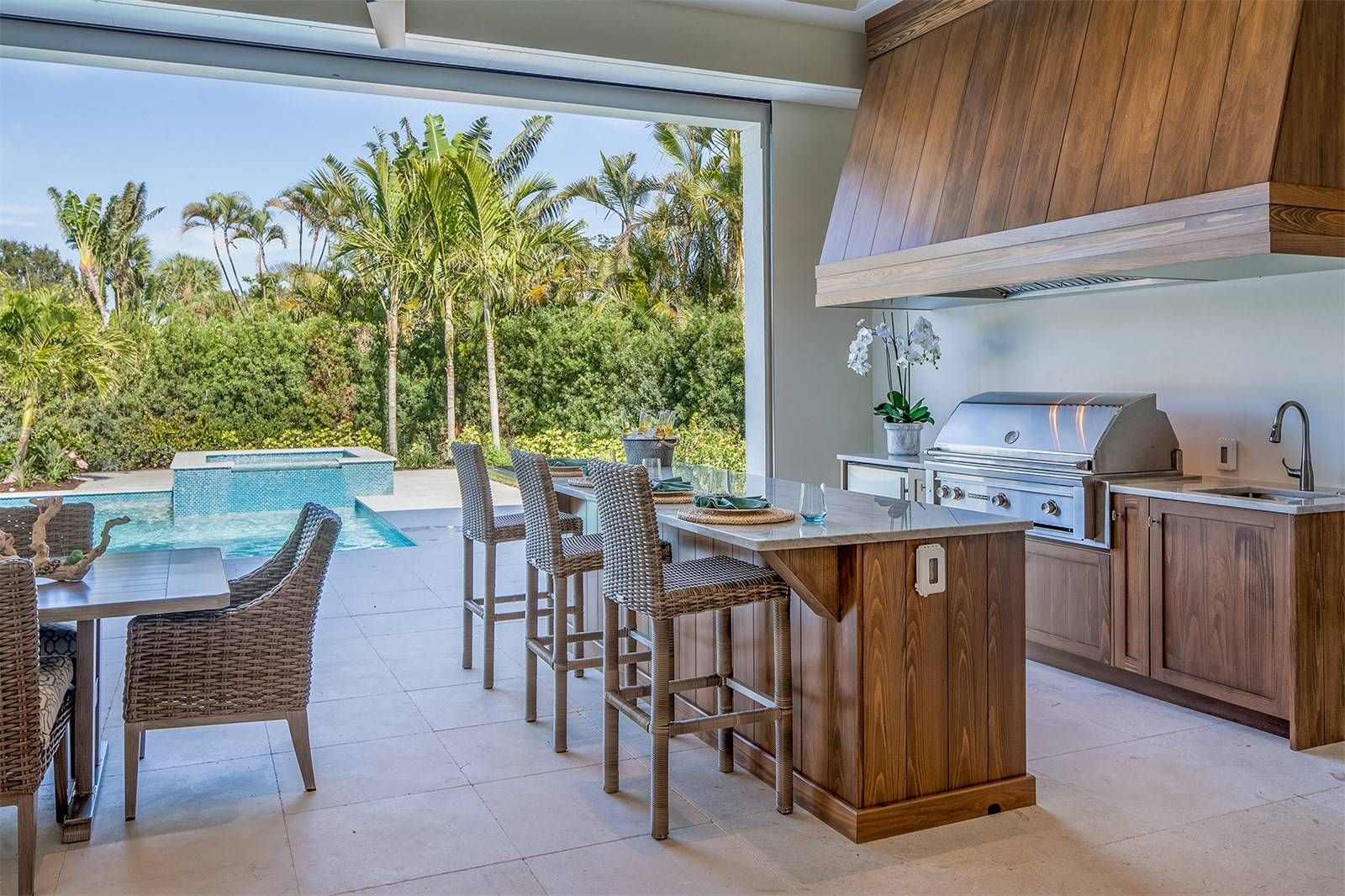 727 Buttonbush Lane Naples Fl 34108 Outdoor Summer Kitchen With Sedona Gas Grill Built In Fridge And S With Images Outdoor Kitchen Outdoor Furniture Sets Luxury Homes