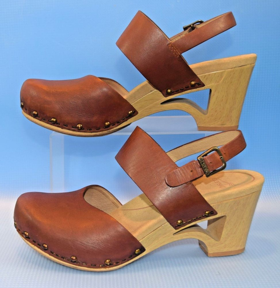 1835caa32 Dansko Thea Brown Clog Wedge Buckle US Sz. 38   7.5 -8 Shoes Sandals RARE!   Dansko  Clogs