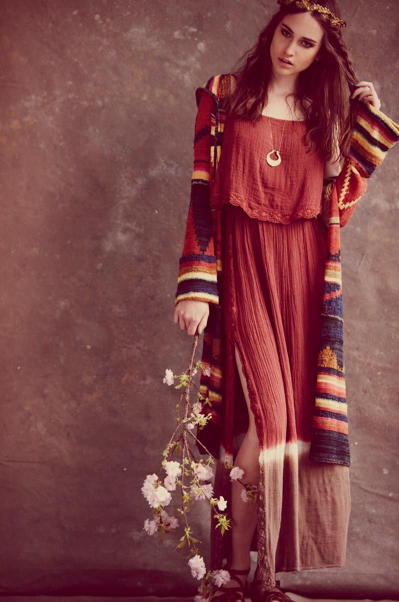 Free People's June Catalogue Features Zodiac Fashion - Fashion Gone Rogue: The Latest in Editorials and Campaigns