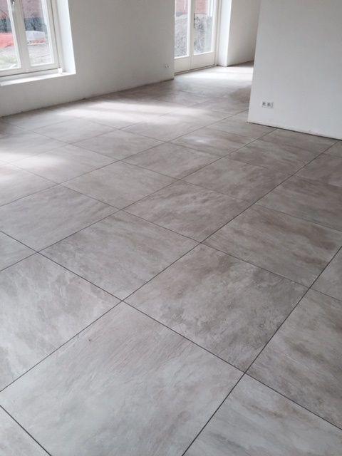 betonlook vloertegels douglas en jones beton grijs 70×70 cm   Betonlook tegels   Pinterest