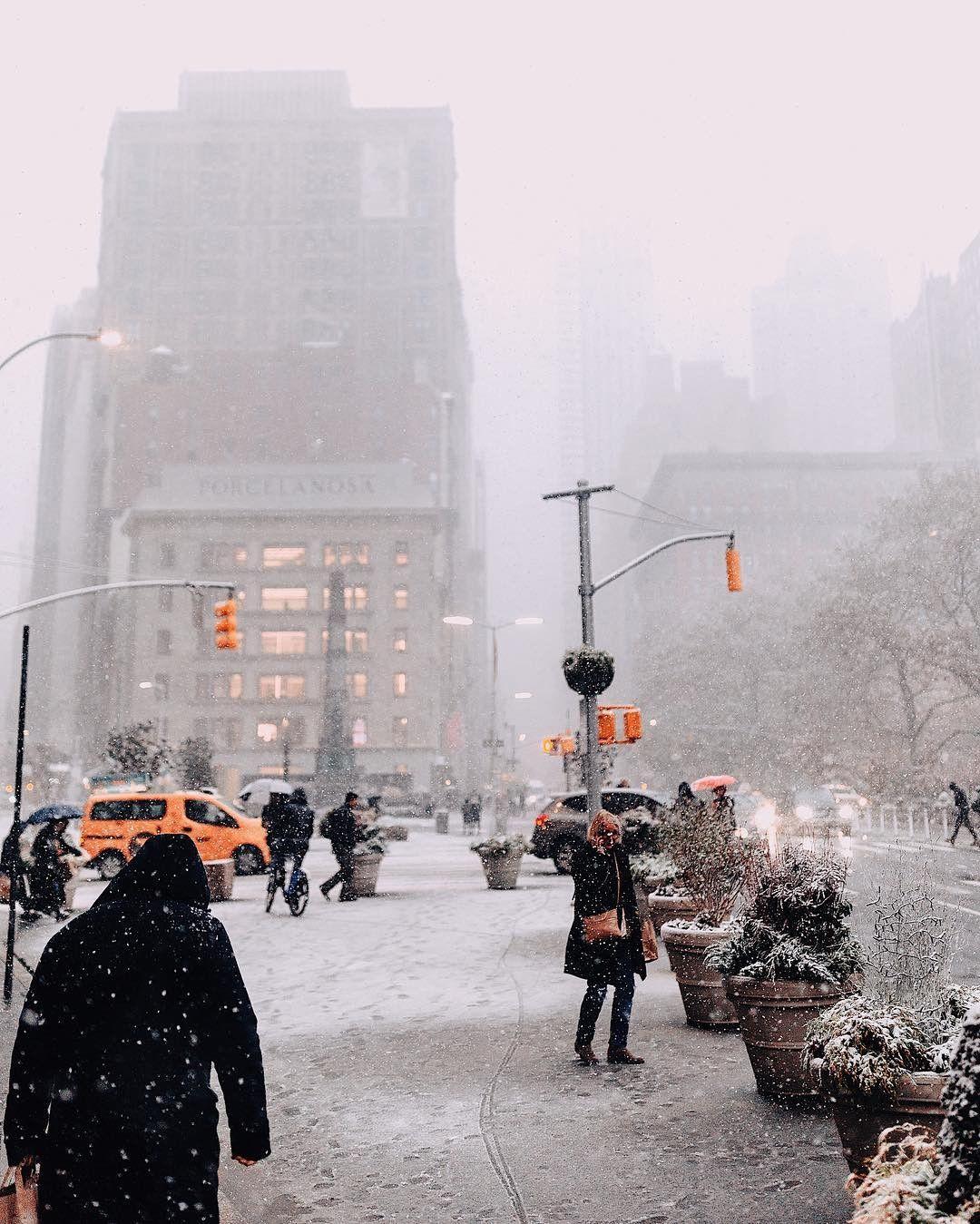 Pin By Cristina Brito On Gotham City New York City Manhattan New York Christmas New York Snow