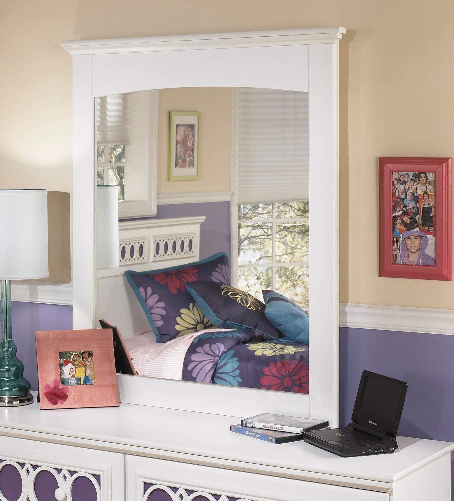 Zayley Mirror Signature design, Design, Mirror