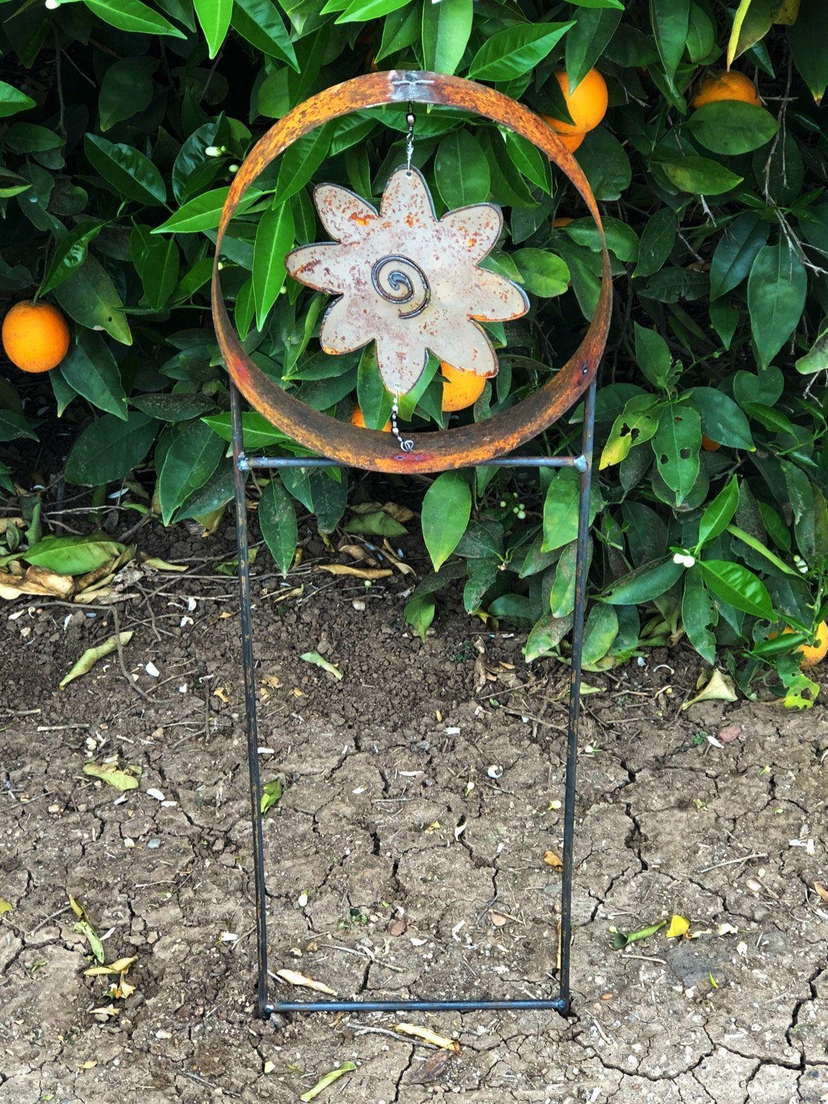 Rusty Metal Garden Decor Rustic Metal Flower Sculpture Yard