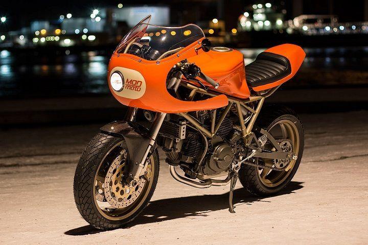 Orange power! Ducati 750SS #CafeRacer by MOD moto. Extra de vitamina C y energía con esta #Ducati, que mezcla la deportividad de los 90 con el estilo de los 70   caferacerpasion.com
