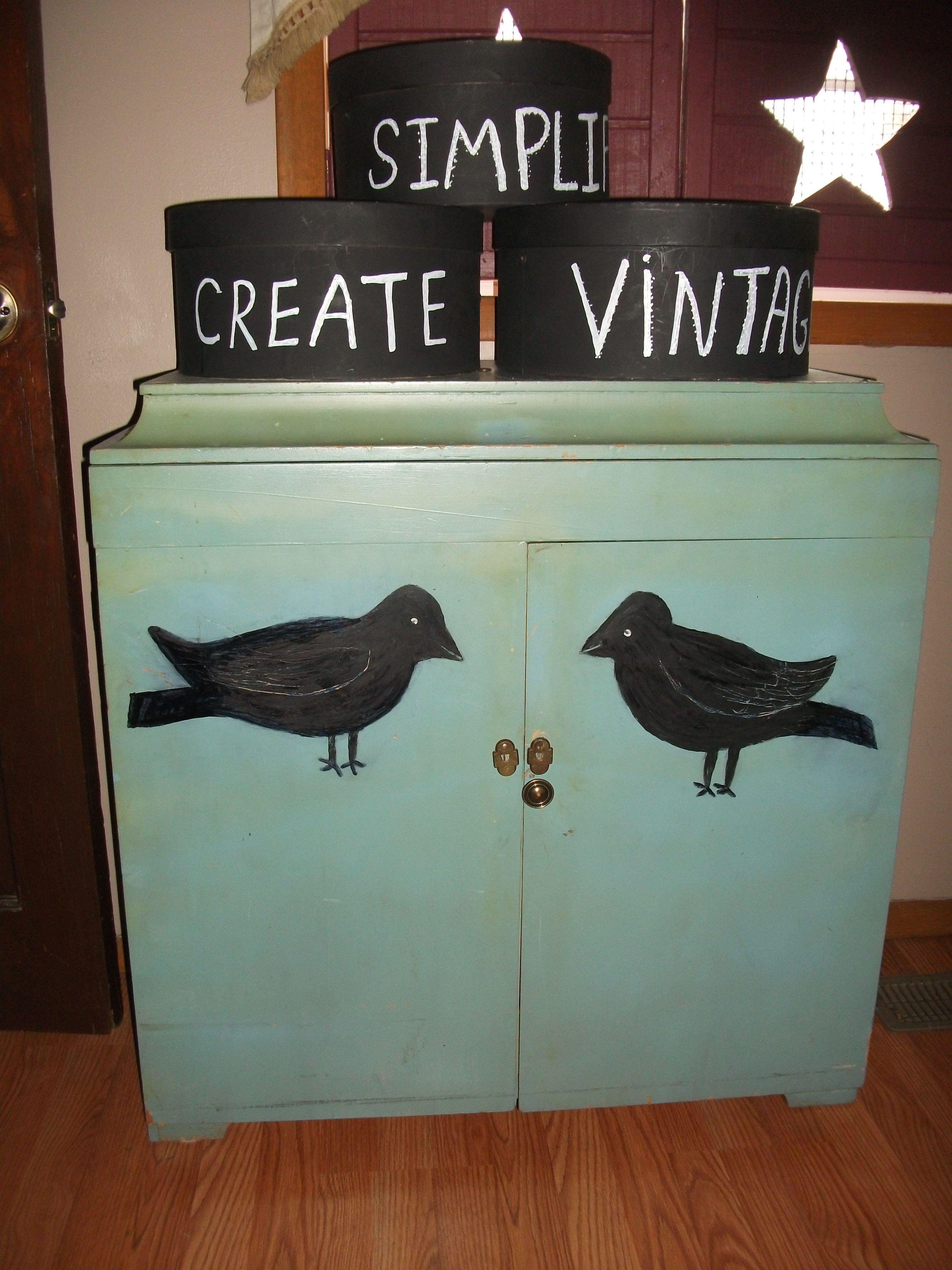 lingerie cabinet