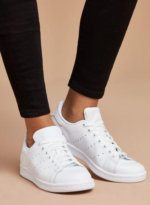 Stan smith sneakers, Adidas white shoes