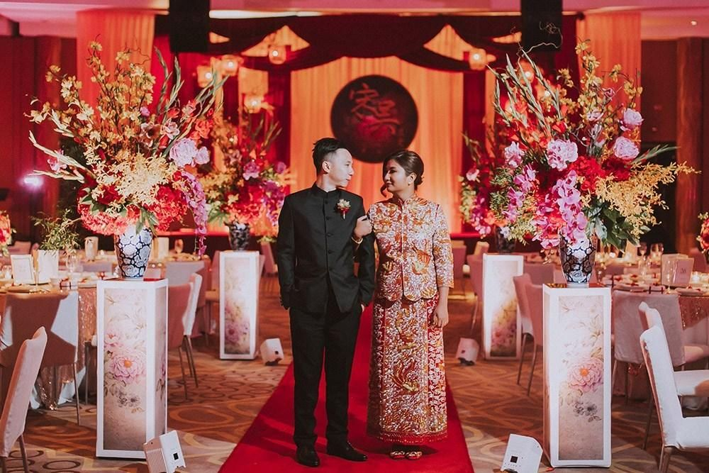 The Ultimate Guide To Planning Your Chinese Wedding Banquet In 2020 Chinese Wedding Chinese Wedding Decor Wishing Tree Wedding