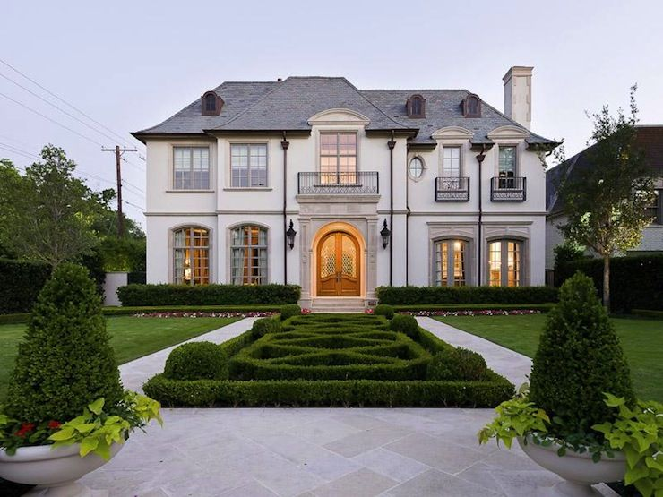 French Chateau French Home Exterior Pricey Pads French Style Homes French House House Exterior