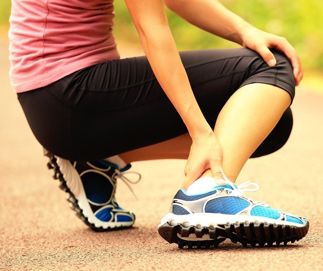cãibras no tornozelo durante a gravidez