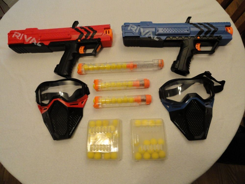 2 Nerf Rival Xv 700 With Standard Clip And Extended Clip Face