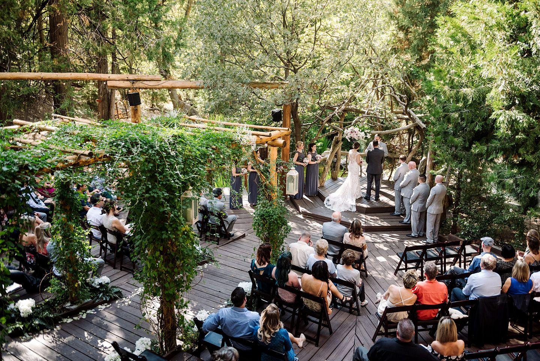 Delicieux A Rustic Outdoor Mountain Wedding Venue Pine Rose Cabins | James Tang  Photography #socalrusticweddingvenue #beautiful #lakearrowhead #pinerose ...