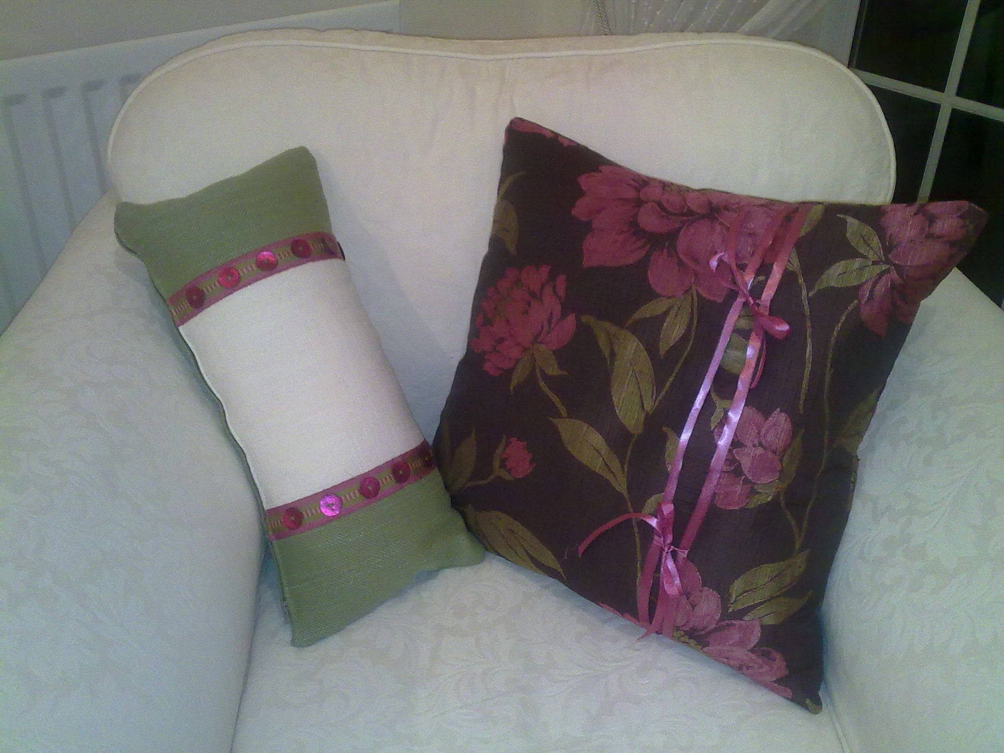 2 more cushions