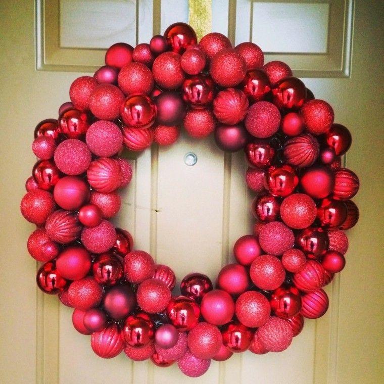 corona navidea de bolas rojas - Coronas Navidad