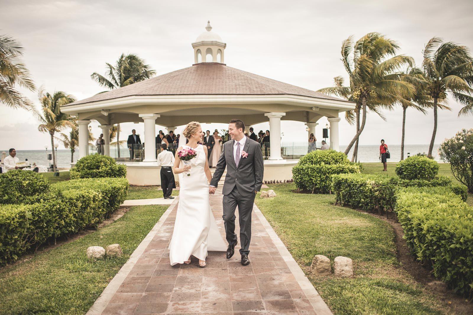Cancun Wedding At Moon Palace Resort Adrian Bonet Moon Palace Dream Beach Wedding Beach Photos