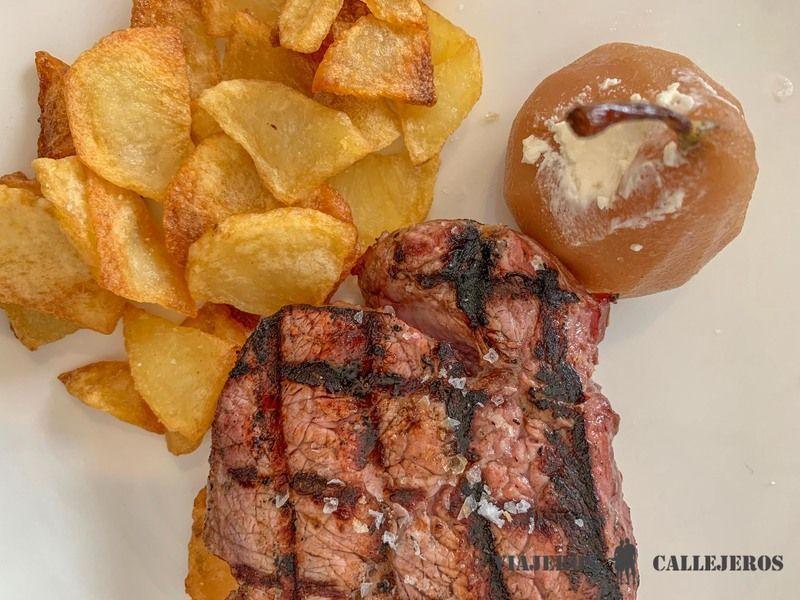 10 Restaurantes Donde Comer En ávila Muy Bien Viajeros Callejeros Recetas De Comida Comidas Tradicionales Gastronomia