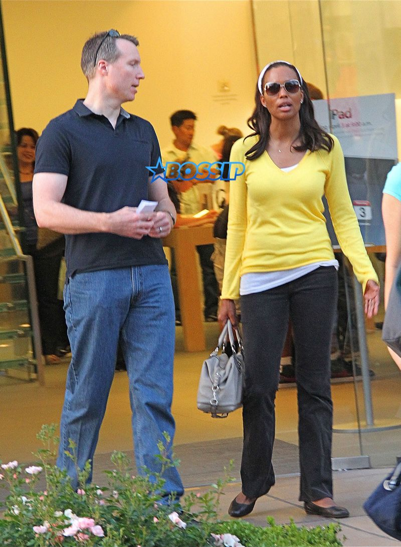 Aisha Tyler And Husband Jeff Tietjens Wenn Aisha Tyler Aisha Ex Husbands The two were graduation college sweethearts and tied the knot in 1992. aisha tyler and husband jeff tietjens