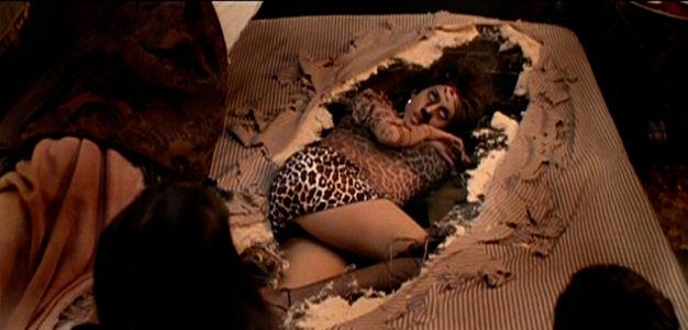 Corpos embaixo da cama