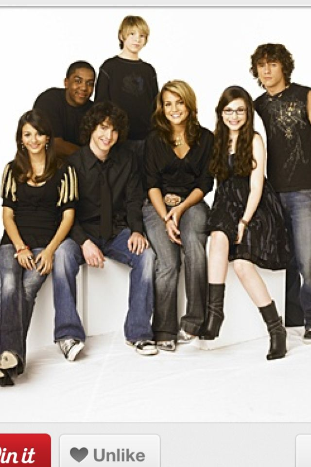 Zoey 101 Cast This One Has Lola And Not Dana Or Nicole Lol