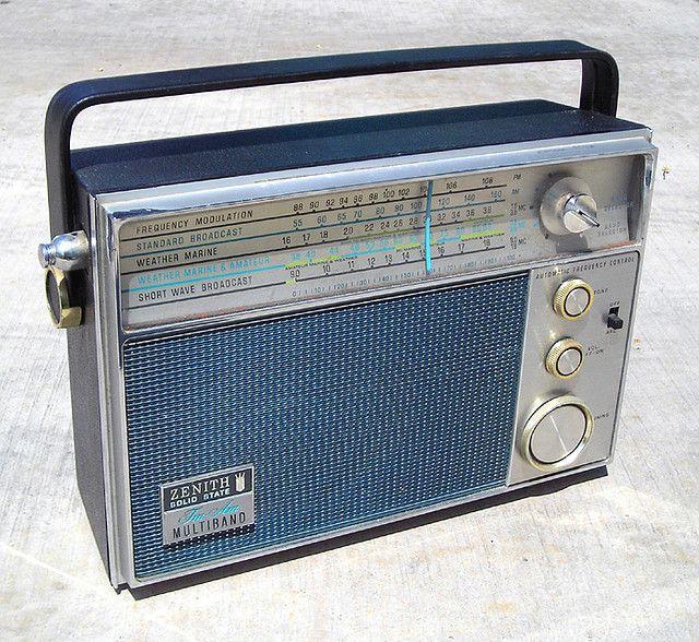 Flickriver Roadsidepictures S Photos Tagged With Radio Vintage Radio Radio Old Radios
