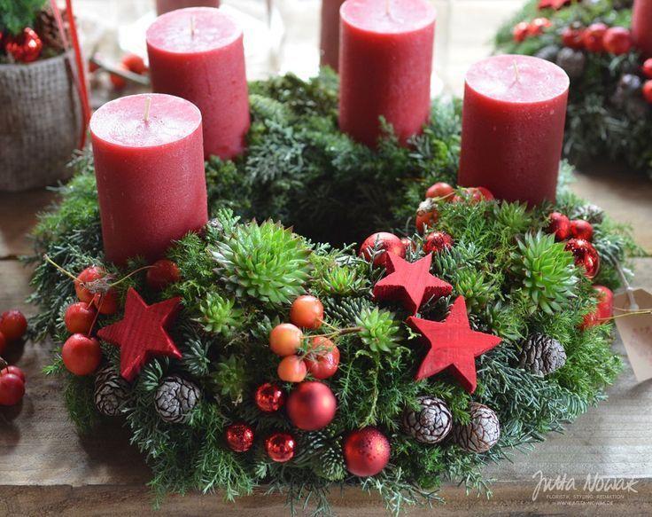 #adventsausstellung #Jutta #kranz #mit #Nowak #Roter #adventkransen