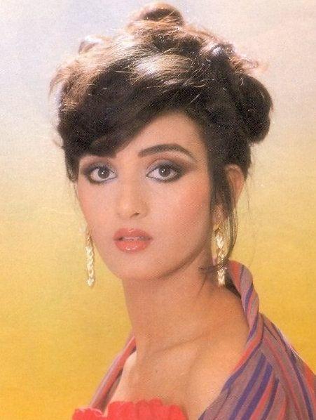 the 80's Bombshell - farha naaz | Most beautiful indian actress, Farah, Beautiful indian actress