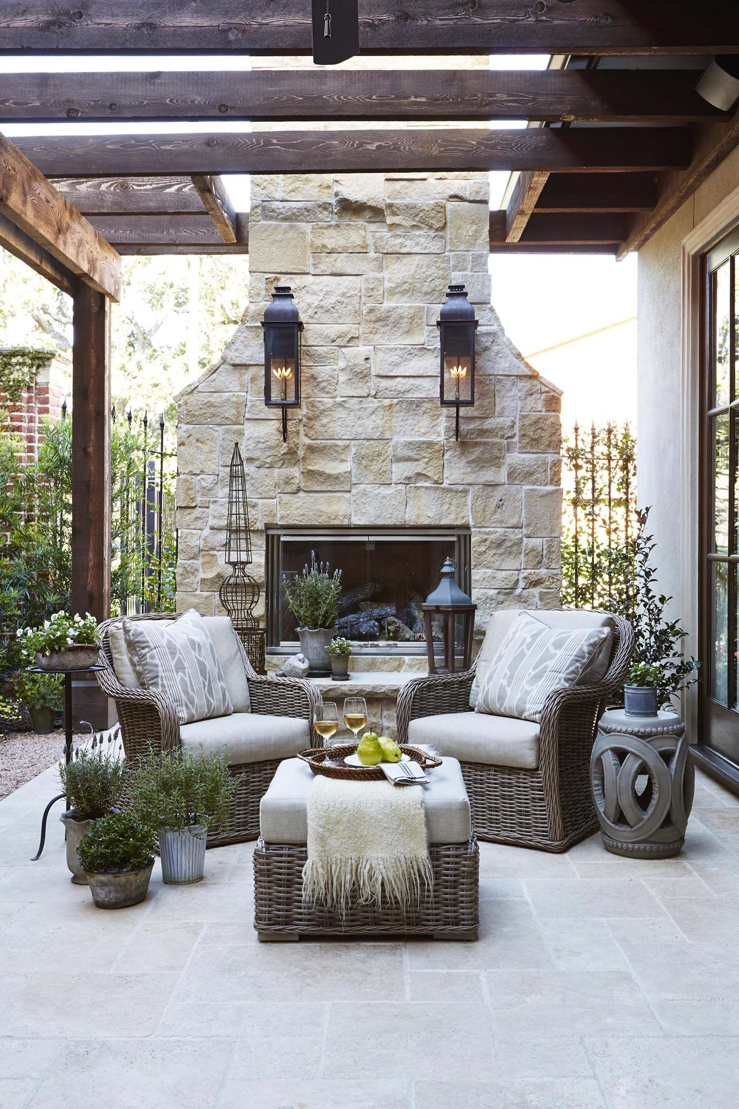 30+ Irresistible Outdoor Fireplace Ideas That Will Leave You Awe Struck