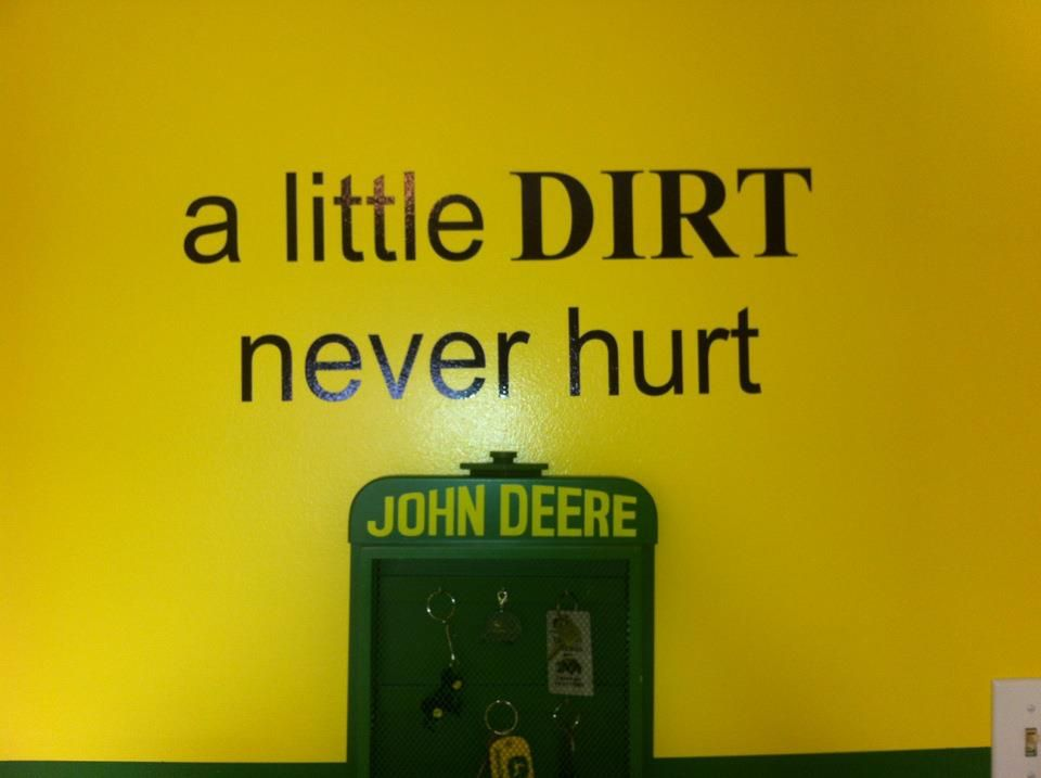 Fun John Deere Room Idea Alittledirt Uppercaseliving Vinyl - John deere idees de decoration de chambre