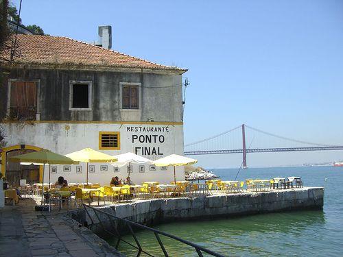 """""""Ponto Final"""" restaurant - Almada , Cacilhas"""