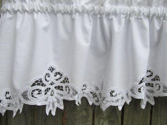 Country Battenburg Lace Curtain Valance In White By Homestyled 20 00 Fensterdekoration Dekoration Gardinen