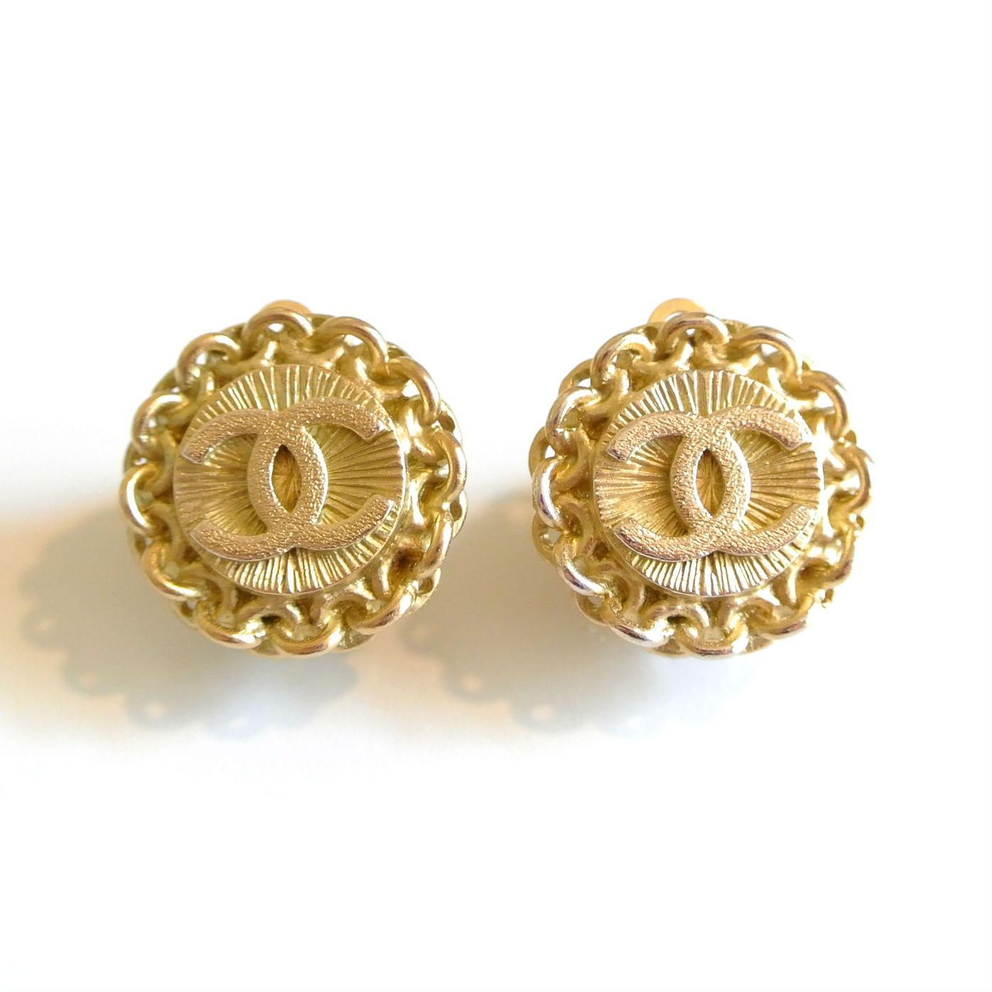 ©miri_mari - Vintage CHANEL CC Clipped Earrings ~ SOLD OUT