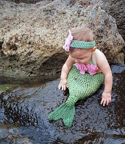 I WILL do this to my daughter. I love me some little mermaid!