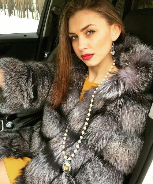 Sexy fur fetish