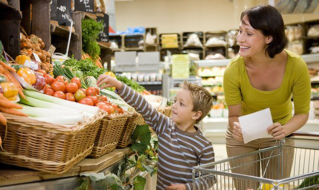 You Need to Stop Grocery Shopping on the Weekend. Here's