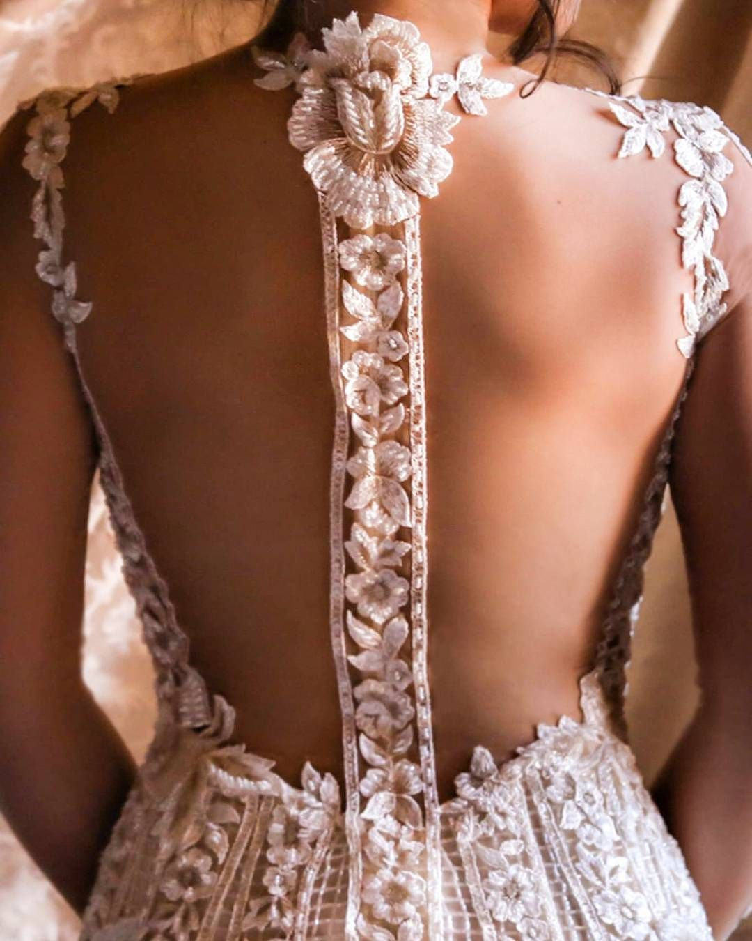 Bellas wedding dress  Itus the little details in life that make a big difference The