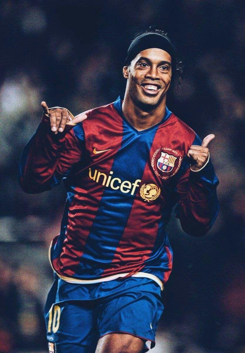 Pin By Catriel Marcolin On Esporte Ronaldo Football Barcelona Soccer Best Football Players