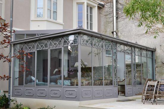 Véranda fer forgé toiture une pente Home baie vitree Pinterest