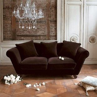 baroque sofa (but another color?)