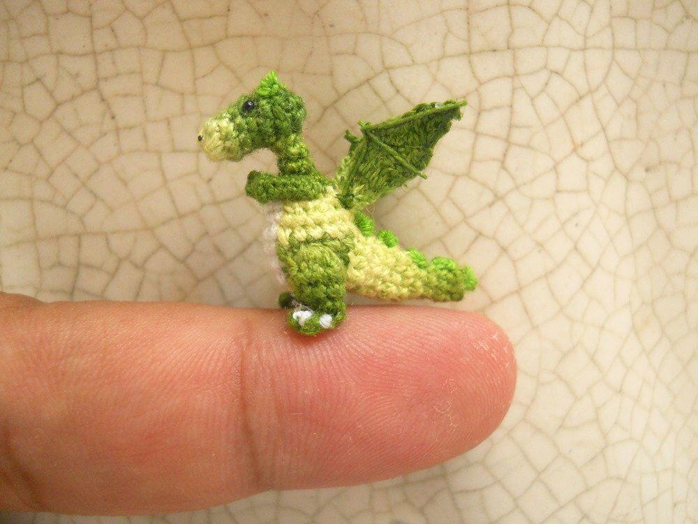 Occhietti Mobili ~ Portachiavi piccolo drago verde e azzurro con occhietti mobili di