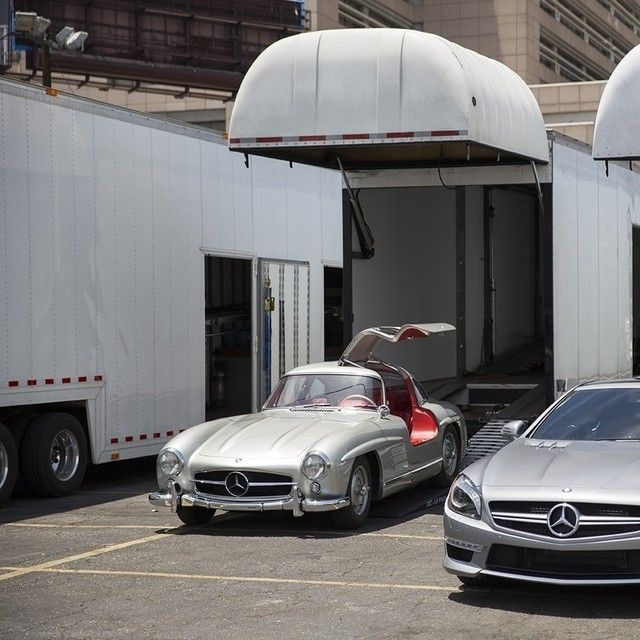 Joining The Crew In Downtown L A Is None Other Than The Legendary 300 Sl Gullwing The 300 Sl Was The K Mercedes Benz Classes Mercedes Benz Classic Dream Cars