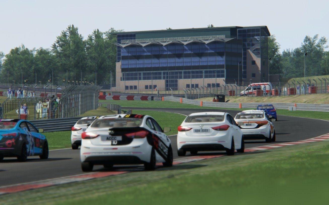 Racing Hyundai Avante Md Super 1600 Cup Car Hyundai Elantra At Circuit Brands Hatch