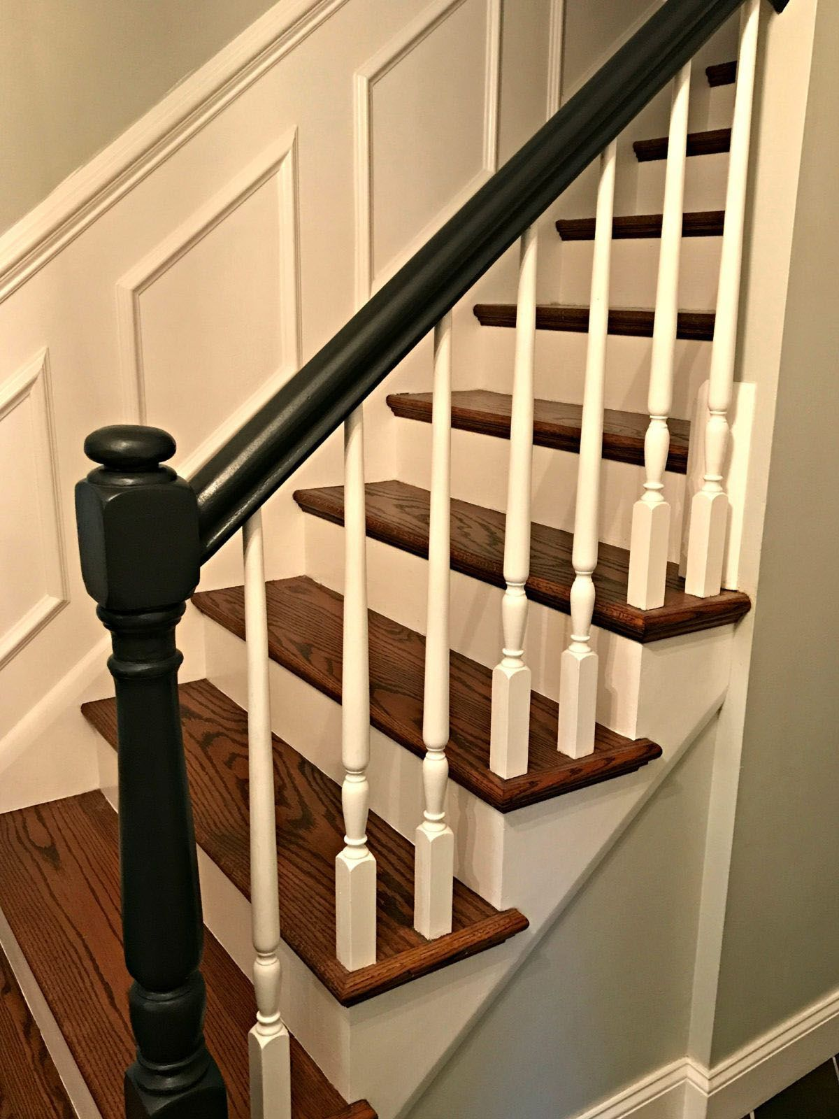 Best Lovely Transitional Stair Railing Ideas To Refresh Your 400 x 300