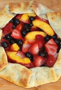 5-Minute Rustic Fruit Galette #easydesserts