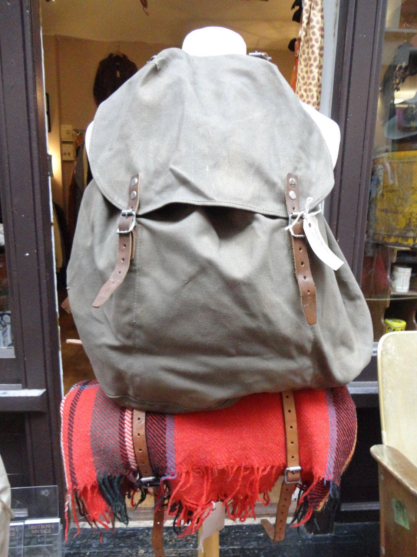vintage khaki green canvas leather straps swedish military m39 metal frame backpack ruck sack rucksack large