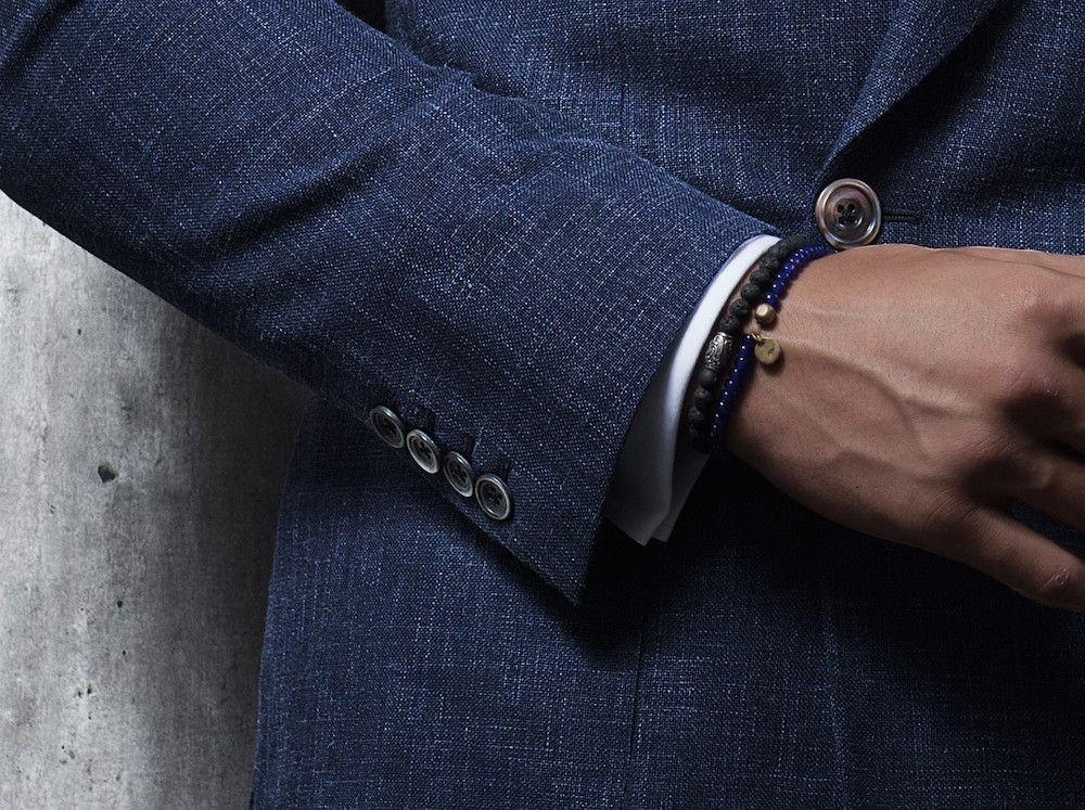 The Lightweight Double-Breasted Travel Blazer