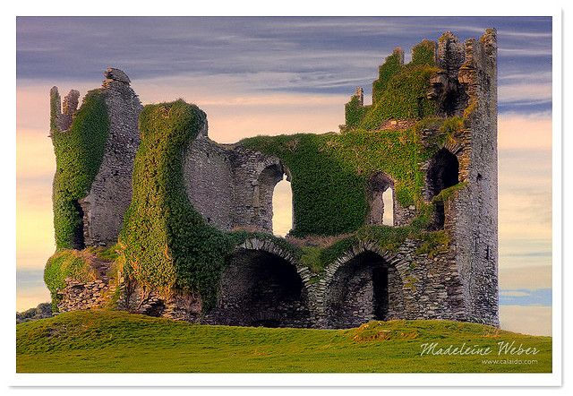 Irish Landscape Photography Ballycarbery Castle Ring Of Kerry Historical Cahersiveen Cahirciveen Caherciveen Ireland By Www Calaido Com Madeleine Ireland Landscape Ballycarbery Castle Irish Landscape