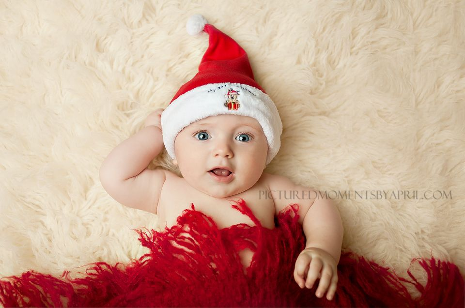 4 month old baby boy with my first Christmas Santa hat  971272e6838