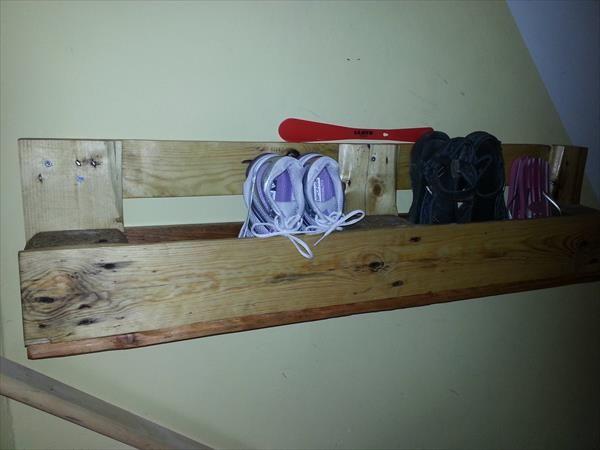 wall shoe racks google search wall shoe rack pallet on wood shoe rack diy simple id=95961
