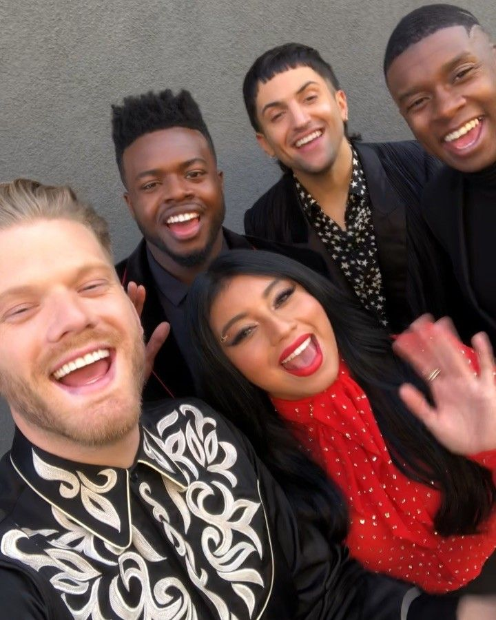 Nbc Christmas Specials 2019.Pin By Daily Kirstin On Pentatonix In 2019 Pentatonix