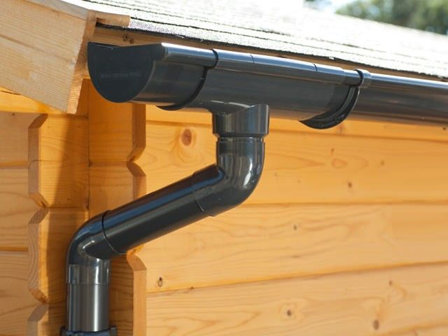 Guttering Including Running Outlet Offsend Bends And Round Downpipe Dak Regenton