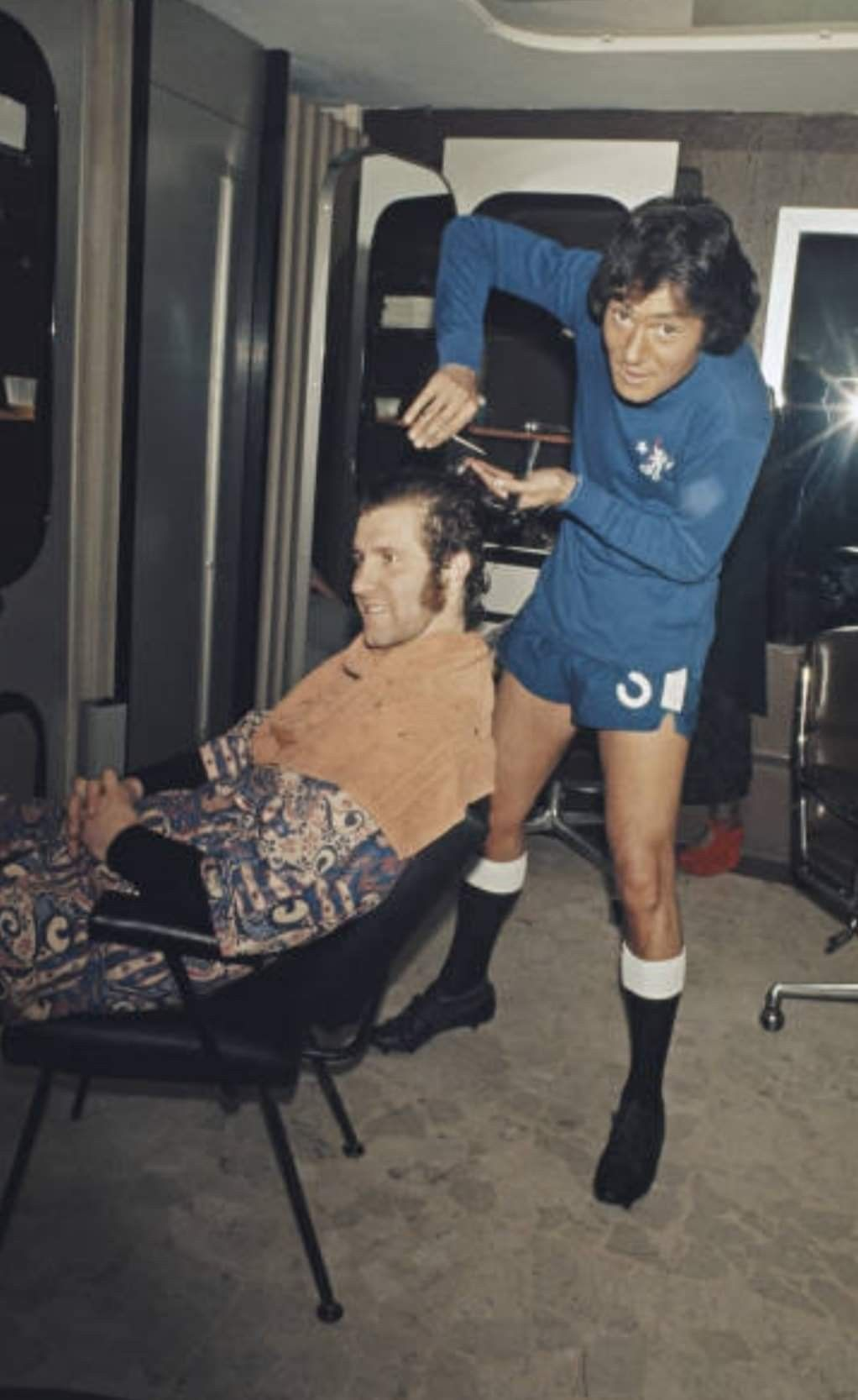 Peter Osgood getting a haircut from Vidal Sassoon